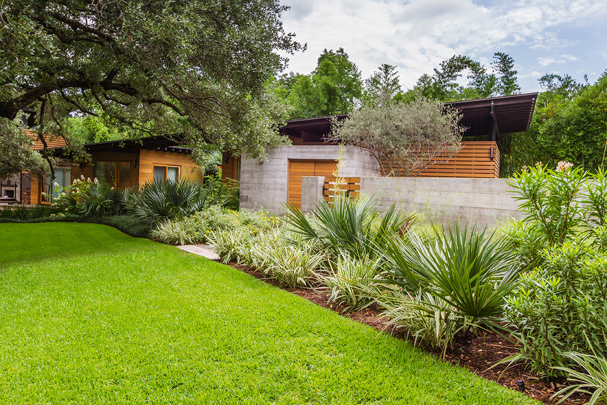 Garden Design Austin one of west austins dramatic contemporary cliff side homes is featured in the current issue of garden design magazine march 2012 pgs 44 51 Austin